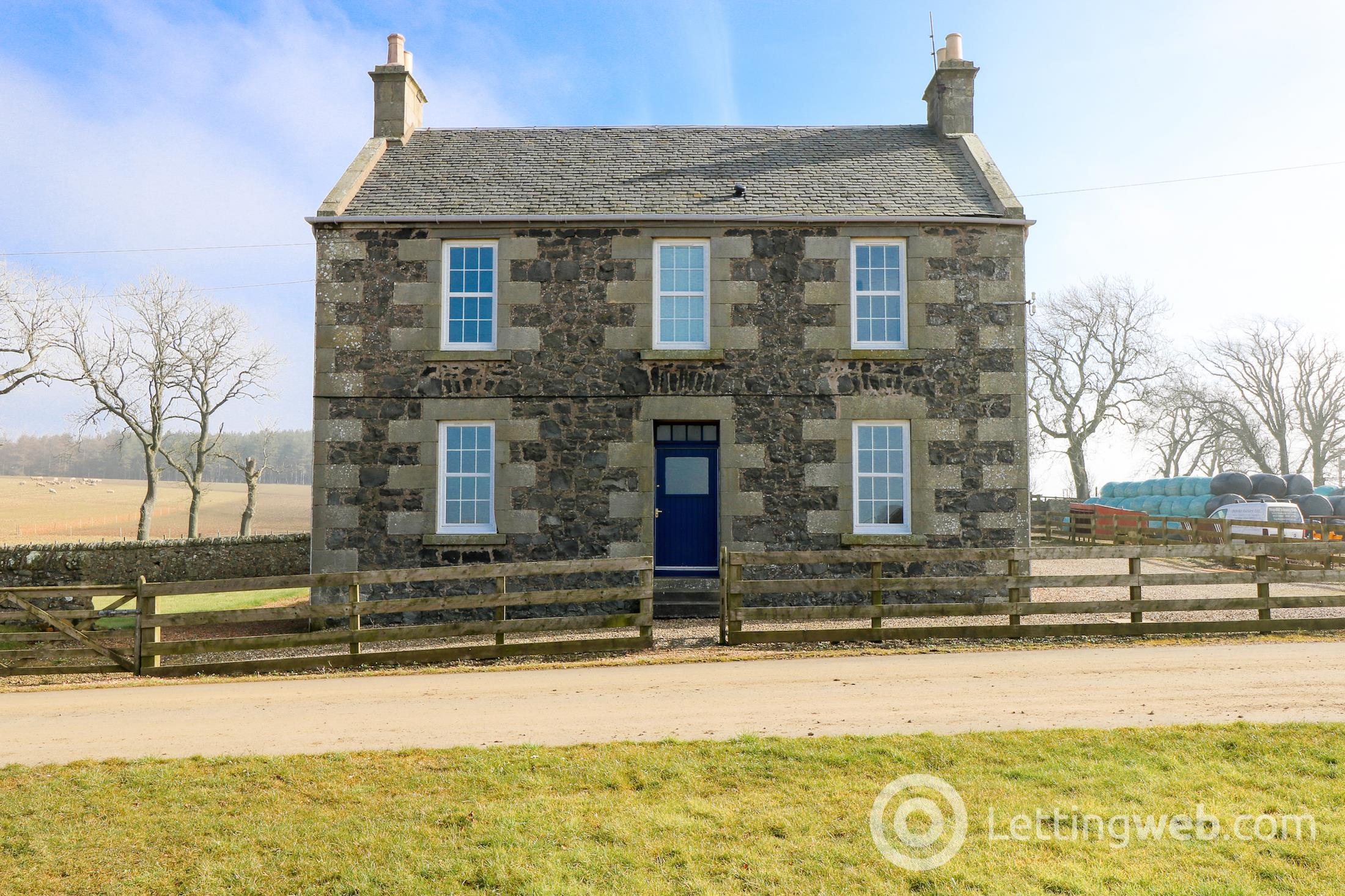 £1,245 PCM Cassindonald Farmhouse, by St Andrews